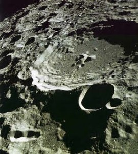 La luna es artificial Lluna3